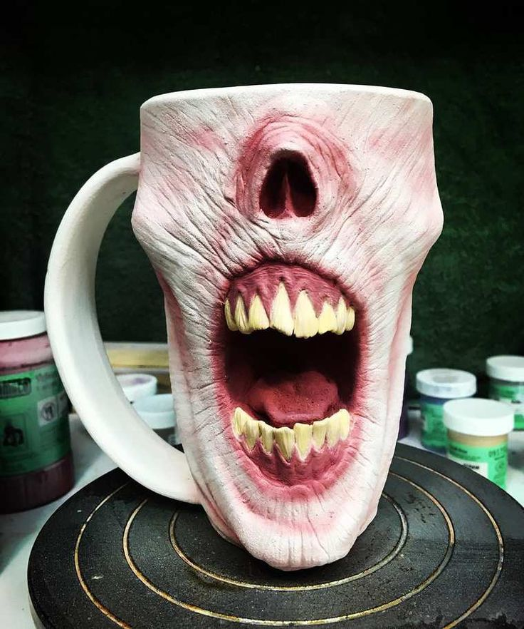 Zombie Mugs – The way too realistic horror mugs by Turkey Merck