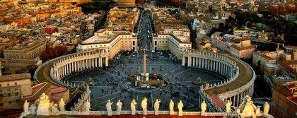 Place Saint Pierre (Vatican) au coeur de Rome