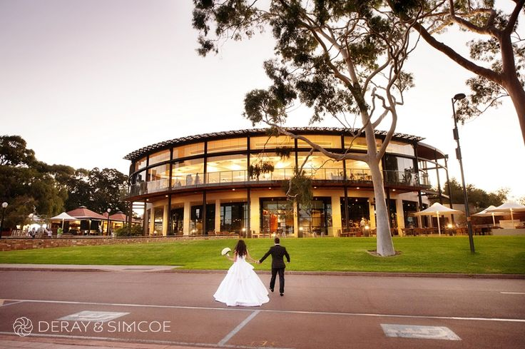 Wedding couple outside Fraser's restaurant, King's Park, Perth. Photography by DeRay & Simcoe