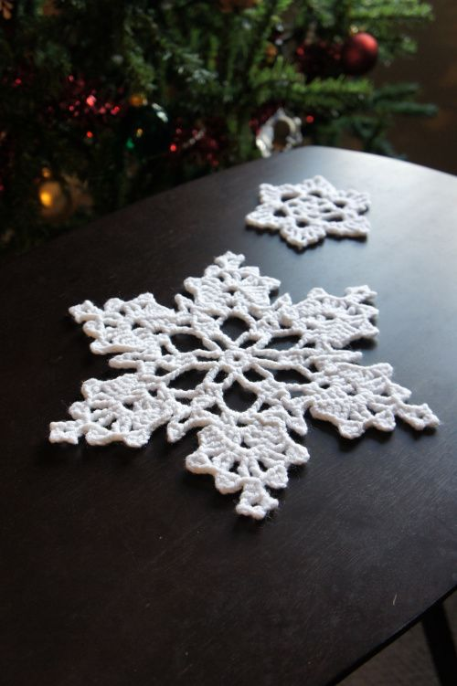 Crochet Snowflakes! So pretty for Christmas decorations or for Northern Design Theme