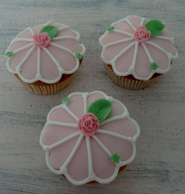 Prachtige bloemencupcakes Classy and beautiful flower cupcakes