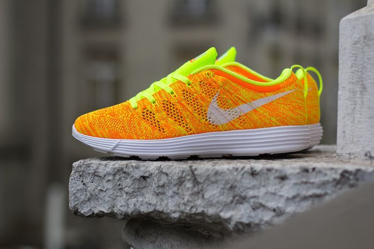 "Sneakers – Women's Fashion :    Nike WMNS Lunar Flyknit Trainer ""Total Orange & Volt"" (Detailed Pics)  - #Sneakers https://youfashion.net/fashion/sneakers/sneakers-womens-fashion-nike-wmns-lunar-flyknit-trainer-total-orange-volt-detailed-pics/"