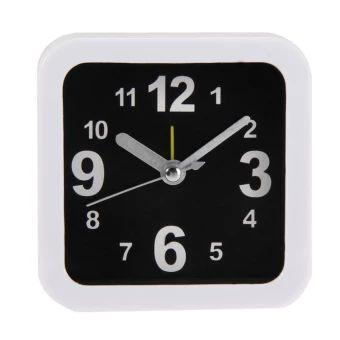 ซื้อเลย  Portable Simple Alarm Clock Compact Table Clock (White/Black)  ราคาเพียง  166 บาท  เท่านั้น คุณสมบัติ มีดังนี้ Material: Plastic Size: 9.5 * 9.5 * 3.7 cm / 3.7 * 3.7 * 1.5 inches Power by: 1*AA battery
