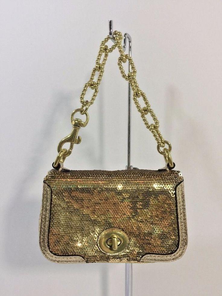 Coach Poppy Gold Sequin Sequin Small Wristlet Coin Purse Turn lock Bag W33 #Coach #CoinPurse