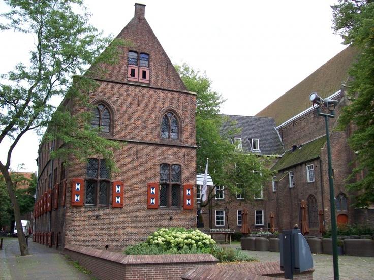 Librije-Zwolle vroeger deel van het klooster van de Broerenkerk...ook dominicanen