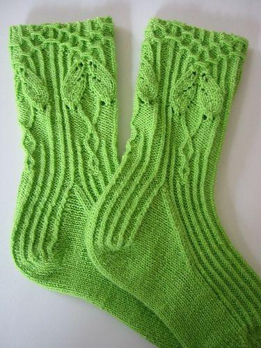 Really cool socks on Ravelry.