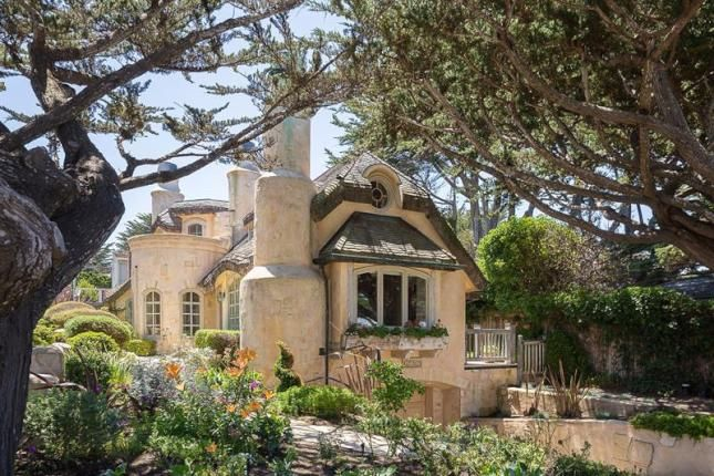 2 Bed Property For Sale, California, with price USa, US$5,395,000. #Property #Sale #California