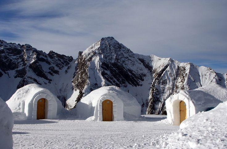 """""""White Lounge"""" Mayrhofen, Austria"""