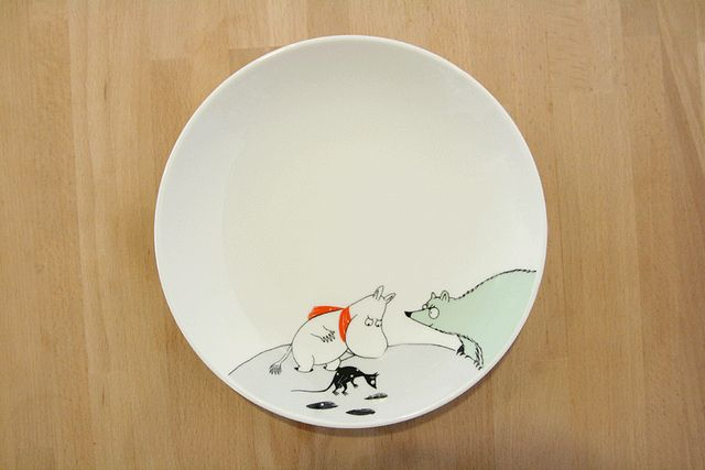 *new* moomin ceramic homeware at the little dröm store.