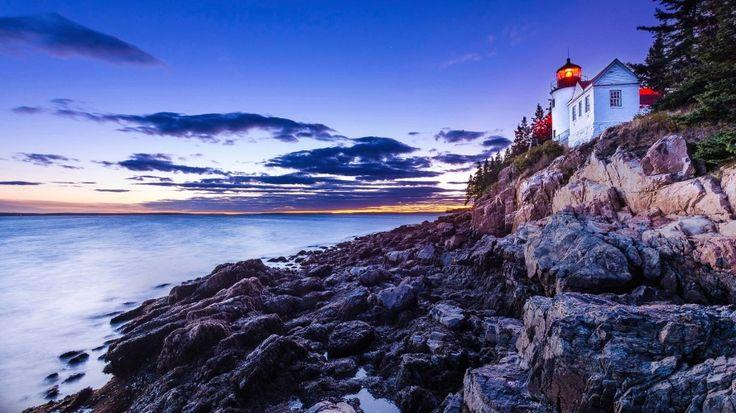 Parque Nacional Acadia, Maine: No nordeste dos EUA, a maior ilha costeira do estado do Maine, Monts Desert, é antigo refúgio de milionários americanos, como os Rockefellers, Astors, Fords e Vanderbilts, que durante meados do século 19 mantinham ali luxuosas propriedades. Até que um dos integrantes do abastado grupo, George B. Dorr, começou a comprar terras na região para depois doá-las ao governo americano. Em 1929 boa parte dessas doações foram transformadas no Parque Nacional Acadia. São…