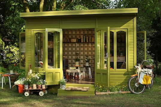 green design, Chelsea Flower Show, UK, Orla Kiely, recycled materials, garden shed, artisan garden shed, botanical, sustainable design, eco-design, flowers,