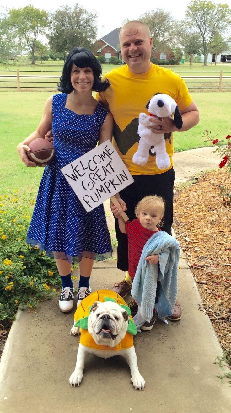 Family Peanuts Halloween Costume