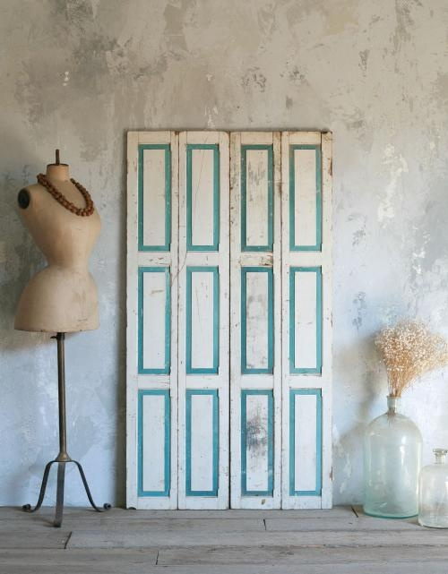 Teal & White combination on these petite doors is so romantic. Vintage doors from Eloquence, Inc.Turquoise Door, Petite Doors, Ideas, Living Room, Colors Decor, Vintage Petite, Bifold Doors, Kind Vintage, Vintage Doors