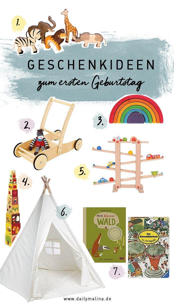 Geschenke Und Spielzeug Zum Ersten Geburtstag Geburtstag