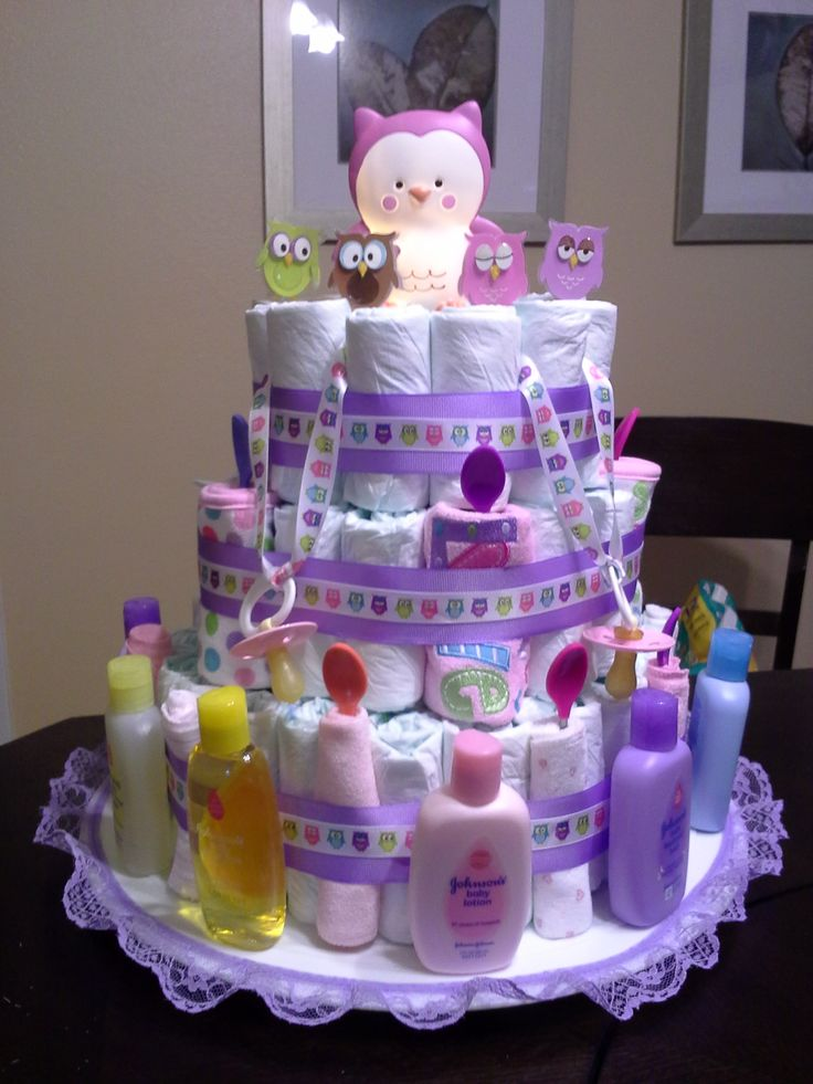 11 best images about owl cakes cupcakes on pinterest for Baby shower decoration diaper cake