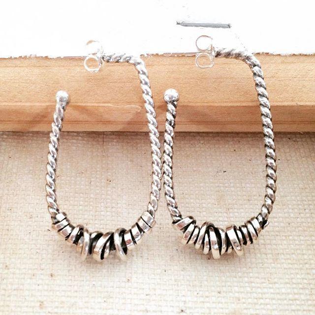 Oblong twist earring with cool. Sterling silver. #artisanjewellery #sterlingsilverjewelry #canadianmade