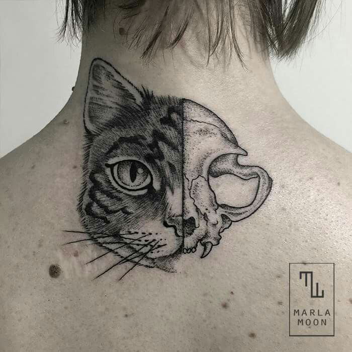 28 SUBLIME BLACKWORK CAT TATTOOS