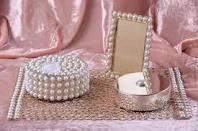 pearls pearls pearls....