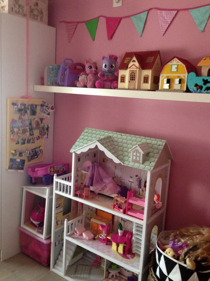 Color full Girls Play room. Dollhouse