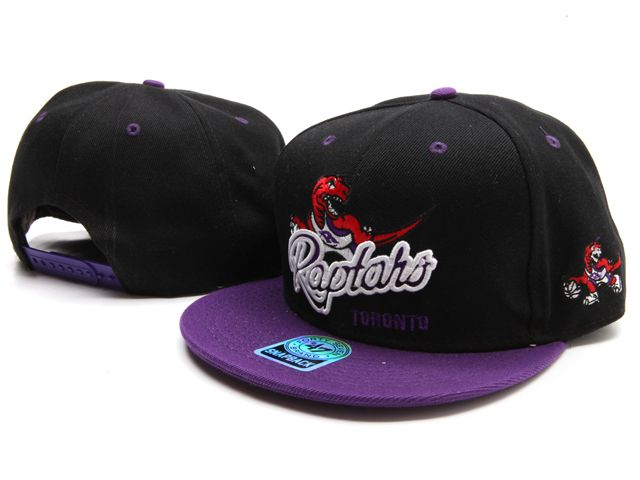 A cap by Nineteen 47 from the basketball team Raptors Toronto. I like the combination of red and purple.