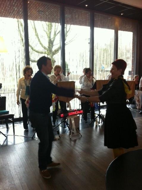 Voor extra energie in lichaam en geest: dansen #NLdoet #Zonnebloem