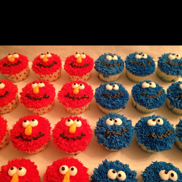 Elmo & Cookie Monster Cupcakes | Elmo Birthday Party ...