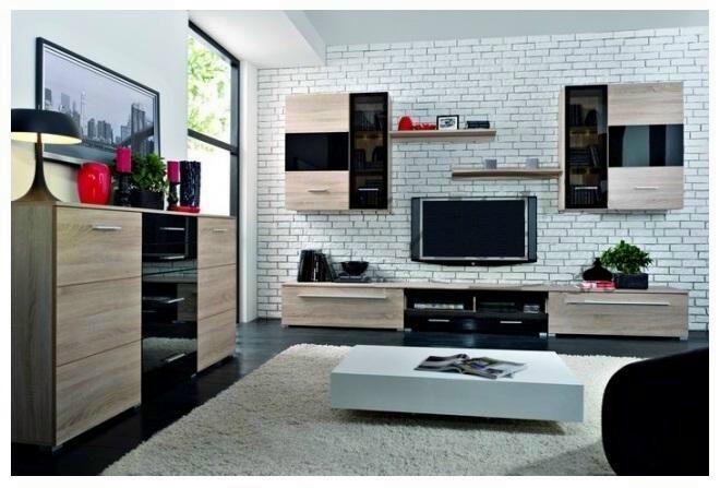 Vkusná obývacia stena Europa je v prevedení moderného dizajnu s aktuálne trendovým farebným prevedením Dubu sonoma a čiernym leskom.