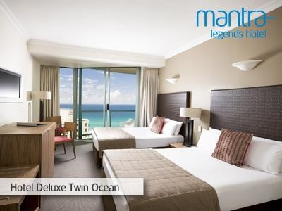 Hotel Deluxe Twin Ocean Room at the Mantra Legends Hotel, Gold Coast