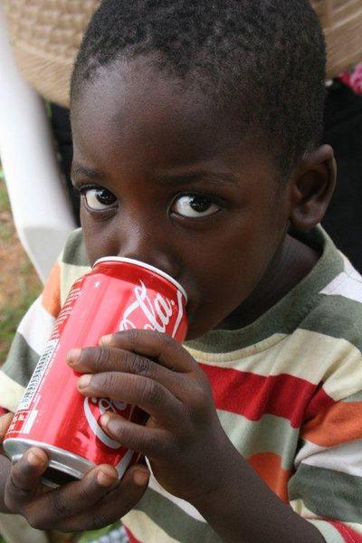"""""""Det er farligt at rejse til Afrika!"""" udtaler flere unge der har været volontører med Afrika InTouch. Hvorfor - jo for man bliver bidt af det - og kan næsten ikke få nok!"""