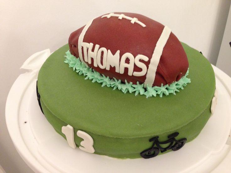 """Gâteau d'anniversaire sur le thème sport : """" vélo et rugby """""""