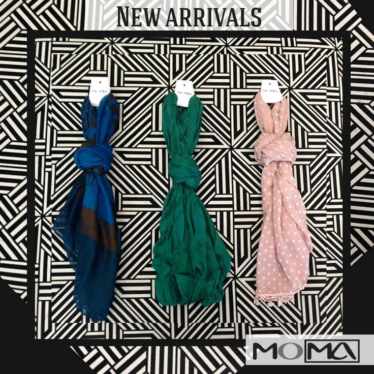Para complementar tu outfit nada mejor que una bufanda #newarrivals #moma