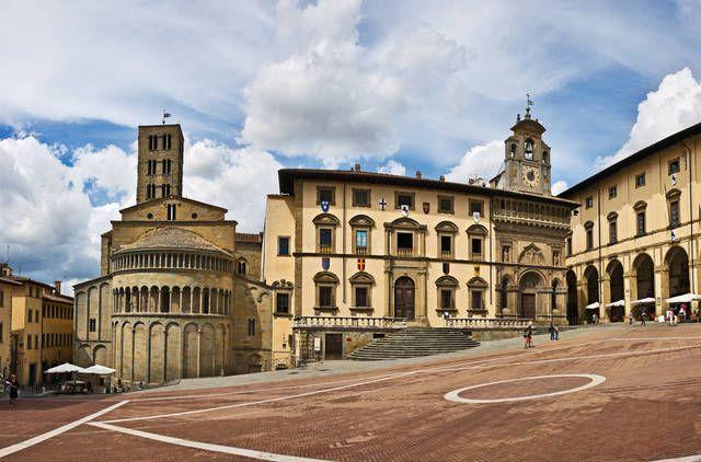 Le piazze più belle d'Italia: Piazza grande, Arezzo - Le ...