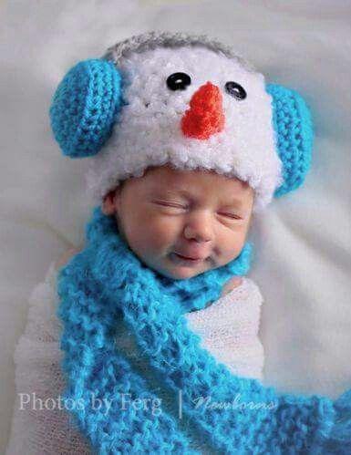 Snowman earmuff hat & scarf