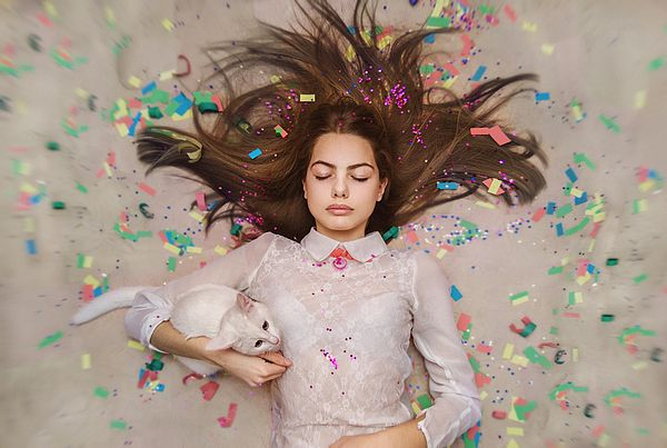 DREAMS COMING TRUE. UNEXPECTED HAPPINESS by INNA MOSINA.   Belongs to the Gallery Russian Artists New Wave.   The most important thing in the life of every human being to believe in dreams. It's like a night dream, a night dream of Alice in Wonderland, but then one day the miracles happen and dreams becoming true.  #RussianArtistsNewWave #InnaMosina #Woman #StagePhotography