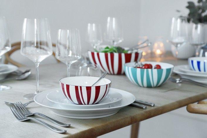 Stripes Collection. Grøn og rød. Skåle på middagsbordet