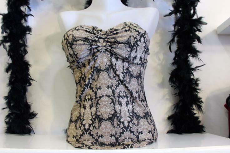 Simli ve Desenli Straplez Sırtı Açık Bayan Abiye Büstiyer Bluz Üst Giyim