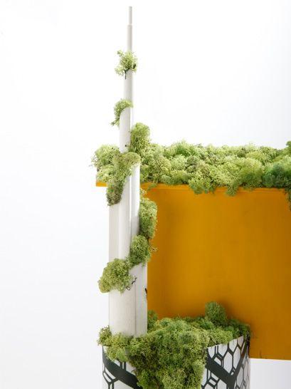 Il progetto PER Tower Parade si inserisce nel percorso pluriennale di ricerca creativa e sociale svolto da Green Island, programma attivo dal 2002 in Zona Isola Garibaldi di Milano, mirato alla valorizzazione dello spazio pubblico, con il coinvolgimento di un ampio network di laboratori artigianali, artistici e studi di design.