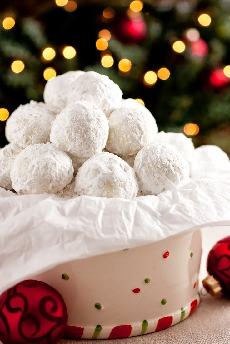 Snowball Cookies...these are one of our families all time favorite Christmas cookies. And so easy to make... :)