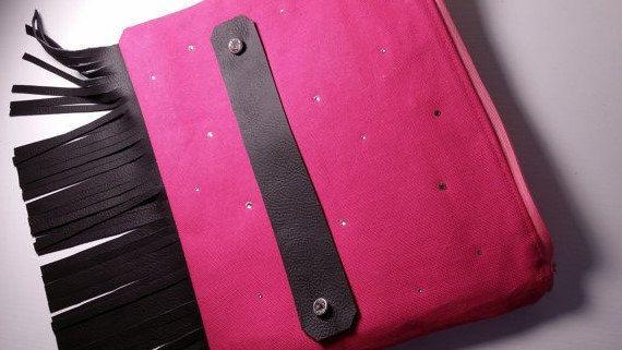 Clutch, Wristlet, Purse, Pink, Leather, Fringe, Zip pocket, Removable Strap, Swarovski Crystals