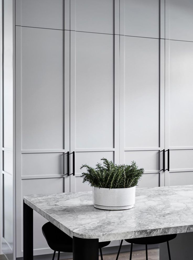 """Stunning internal transformation of an historic Edwardian home using soft palette of greys and of whites Architects: MIM Design Location: Melbourne, Australia Year: 2017 Photo courtesy: Sharyn Cairns Description: """"The revival of an Elsternwick residence has allowed award-winning Melbourne practice Mim Design to create a stunning internal transformation of an historic Edwardian home. The owners of DRF Residence, …"""