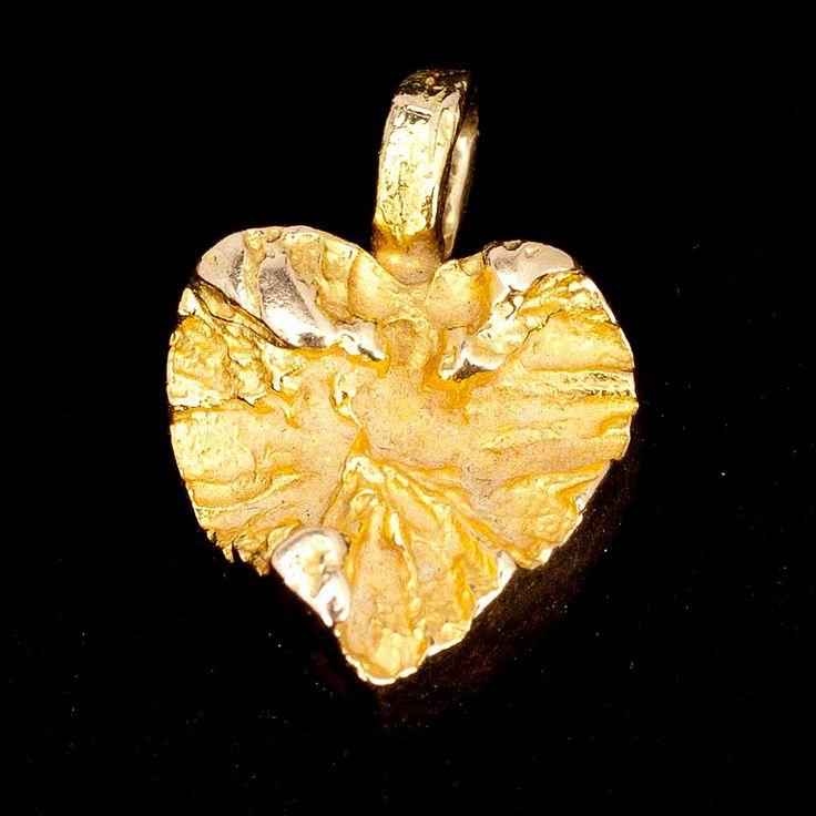 "Björn Weckström for Lapponia Jewelry,Vintage 14K gold ""Sydän"" (Heart) pendant, 1973. #Finland #Valentine #heart"