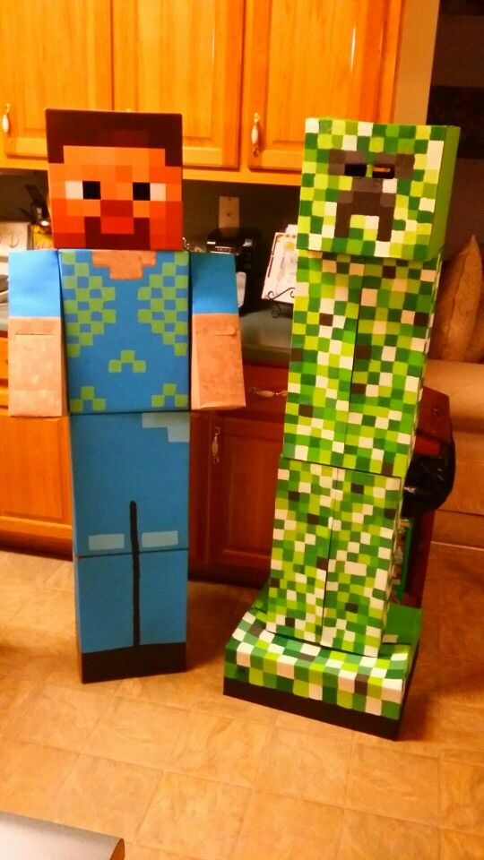 Steve and creeper from Minecraft! Made out of boxes!
