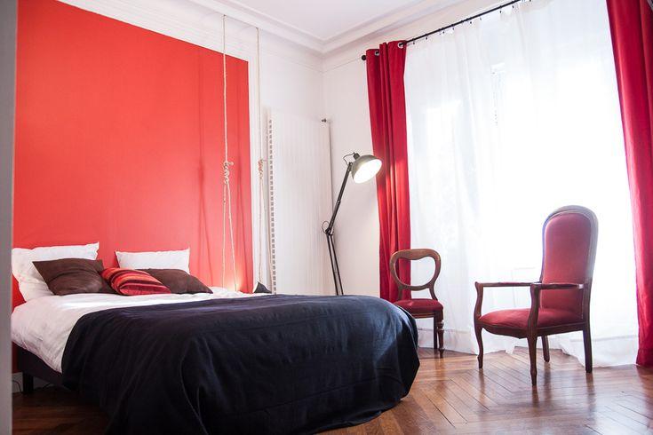 Chambre d'hôtes Felix Dort dans maison à Lyon ! J'ai décoré les 5 chambres ! Celle-ci est la chambre Guignol.