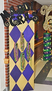 mardi gras decoration to hold beads for party favors