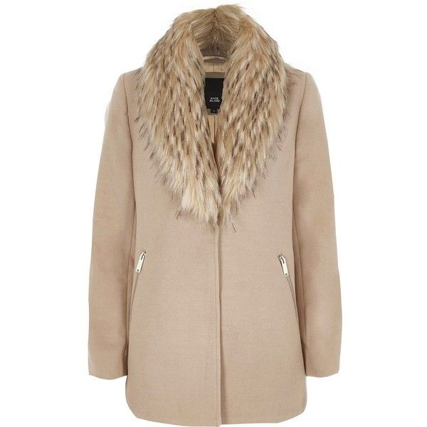 River Island Camel faux fur collar pea coat ($130) ❤ liked on Polyvore featuring outerwear, coats, coats / jackets, women, beige pea coat, camel coat, river island coats, river island and faux fur collar coat