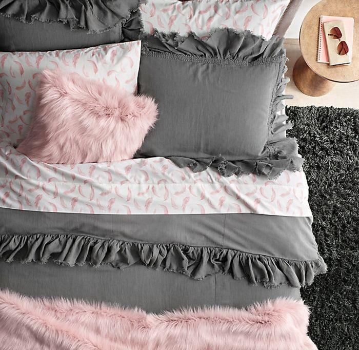 les 25 meilleures id es de la cat gorie chambre rose et gris sur pinterest d co chambre rose. Black Bedroom Furniture Sets. Home Design Ideas