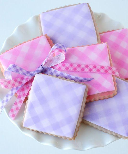 Easy Gingham Cookies {Cookie Decorating} – Glorious Treats