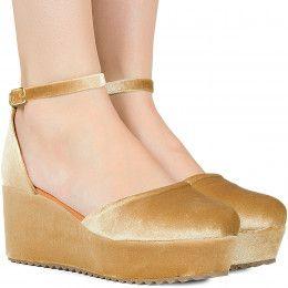 Sandálias - Taquilla: Calçados femininos online
