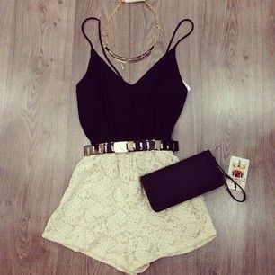 Summer Outfit - White Lace Skirt - Black Tank Top - Silver Belt