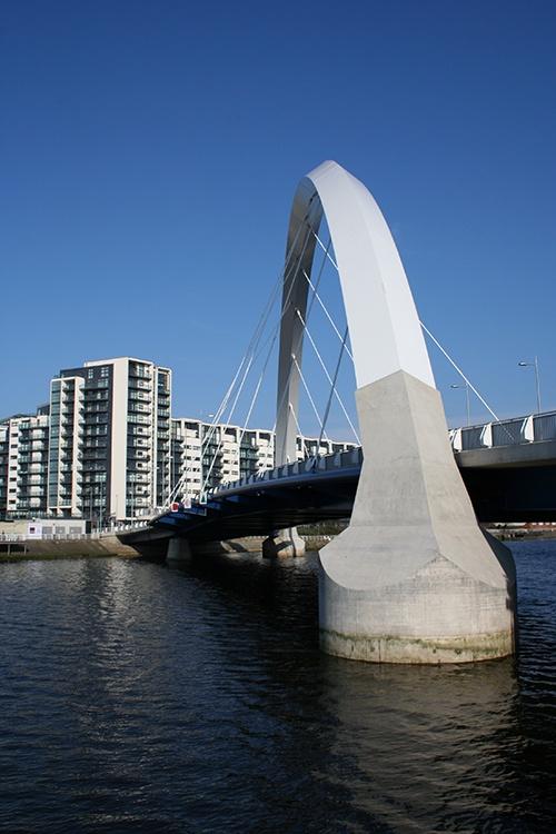 The Glasgow Arc (Squinty Bridge), Glasgow    http://getaroundglasgow.co.uk/photos/